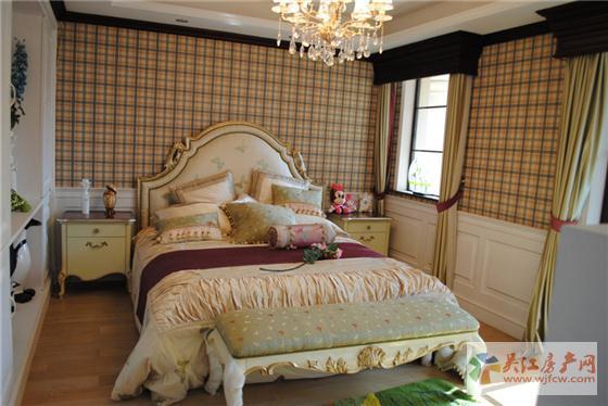 东太湖1号法式卧室