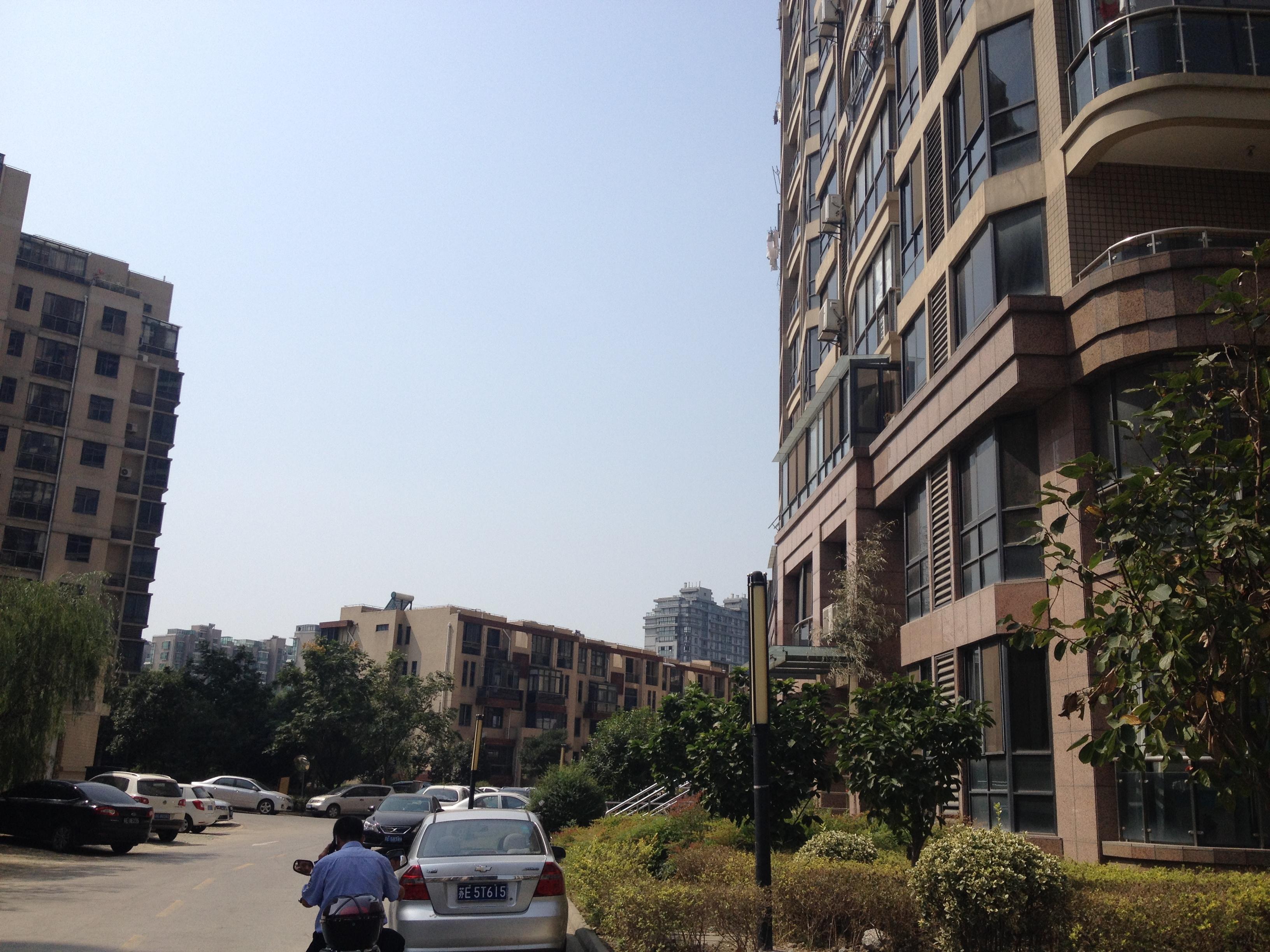 430丽湾国际1楼【满五唯一 毛坯房】