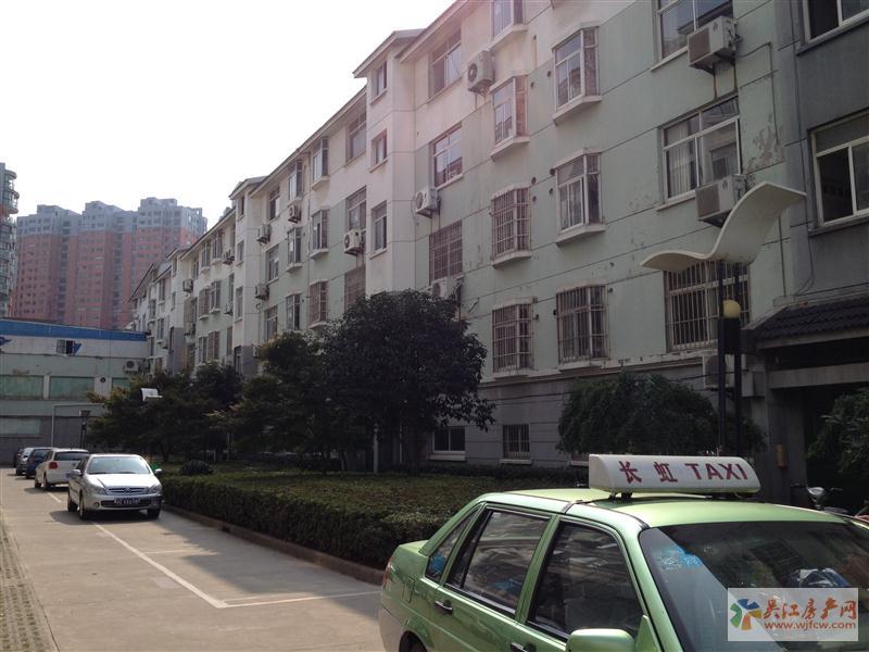 127正大家园4楼【市中心】