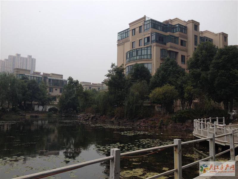 w奥林清华东区大平层 精装5房满2年