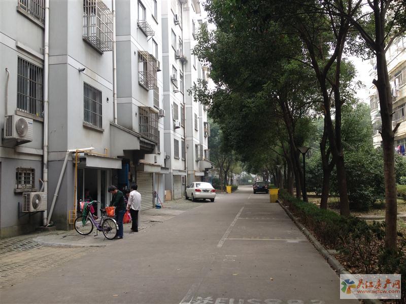 吴模家园,带汽车库27平米满5年