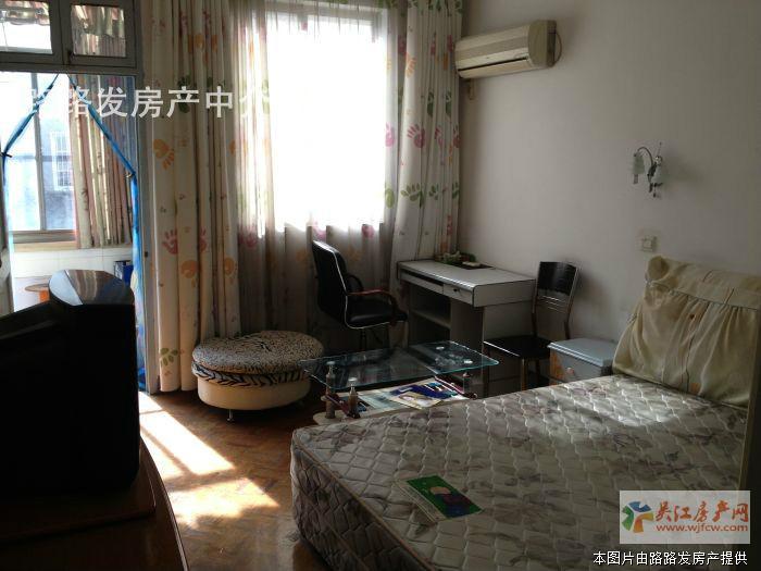 ★西元圩3楼2室全装(人民医院边)