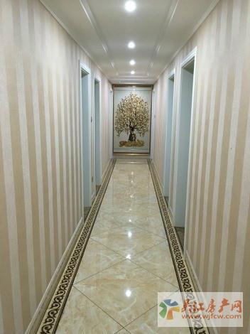 Y吴越领秀 3室2厅2卫 143平方米 230万出售