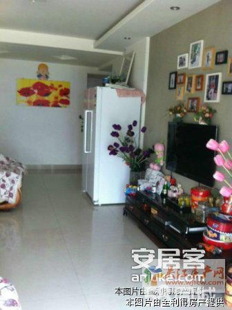 丽湾国际137平精装 房东自住 一线湖景房 产证满2年