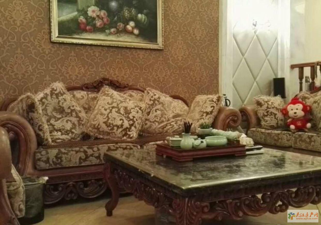 奥林清华东区花园洋房 5室3厅3卫 220平方米 390万出售